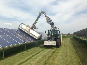 cleaning_machine of_photovoltaic_panels