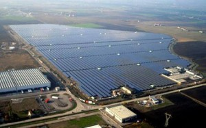 A_solar_power_plant_at_Rovigo_Italy