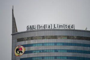 «Газпром» начнет поставки 2,5 млн т СПГ в Индию в следующем году