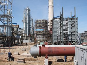Дагестан в конце лета запустит НПЗ стоимостью 6,5 млрд рублей