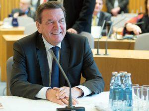 Экс-канцлер Германии Шредер может возглавить совет директоров компании «Роснефть»