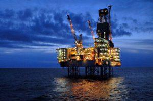 Добыча газа на платформе «Шах Дениз» приостановлена для проведения профилактики