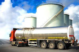 Чехия намерена закупать азербайджанские нефтепродукты в 2019 году