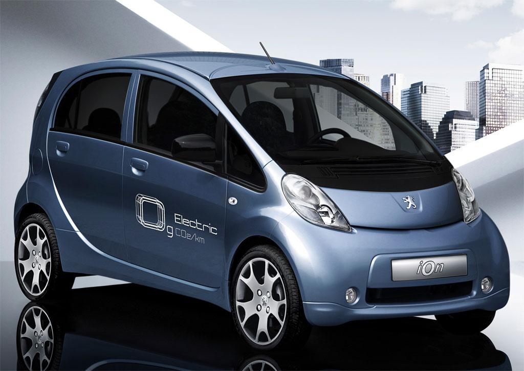 «Peugeot» полностью перейдет на электромобили и гибриды к 2025 году