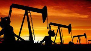 Цены на нефть падают на фоне опасений глобального экономического роста