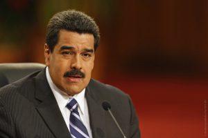 Венесуэла 24 сентября переходит на рыночные цены на бензин