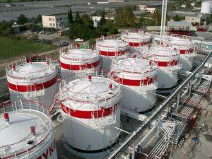 «ЛУКойлом» прекращены закупки иранской нефти из-за угрозы огромных рисков