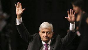 Избранный президент Мексики обещает спасение для нефтяной сферы страны
