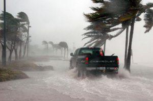 Нефтяников эвакуируют в Мексиканском заливе ввиду приближающегося урагана «Майкл»