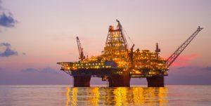 Нефтяники возвратились в Мексиканский залив после урагана «Майкл»