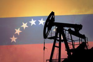 Венесуэла планирует нарастить нефтедобычу в I-м полугодии следующего года
