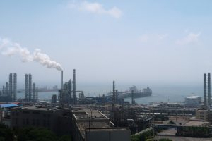 Спрос на нефть и газ в КНР возрастает, невзирая на замедление темпов роста экономики