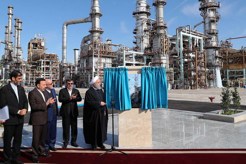 Президентом Ирана запущена III-я фаза НПЗ «Звезда Персидского залива»
