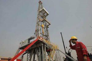 Нефтедобыча на месторождениях Западного Каруна в Иране составила 350 тыс баррелей в день