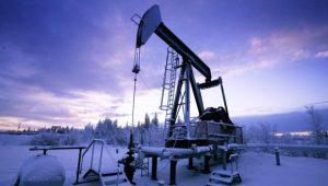 Россия в апреле сократила нефтедобычу до 11,23 млн баррелей в день, но недостаточно