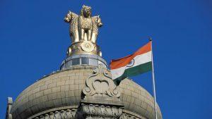 Индия намерена компенсировать нехватку поставок нефти из Ирана предложением из иных стран