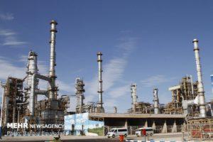 К началу года мощность иранских НПЗ вырастет на 250 тыс баррелей нефти в день