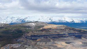 «Газпромбанку» предложили продать его долю участия в Эльгинском месторождении угля