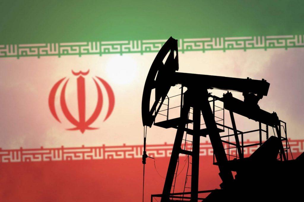 Экспорт иранской нефти и нефтепродуктов за 18 месяцев вырос до $61 млрд