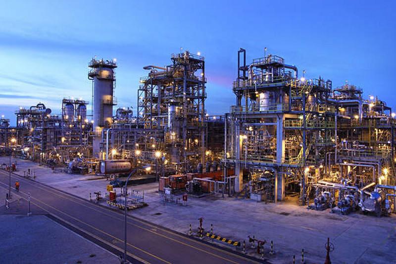Экспорт нефтехимических продуктов из Ирана идет по графику