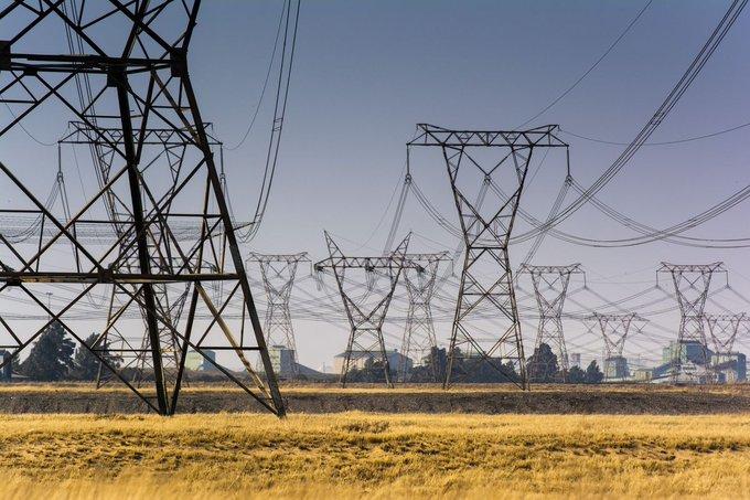 Рекордные отключения электроэнергии заставляют шахтеров ЮАР прекратить работу