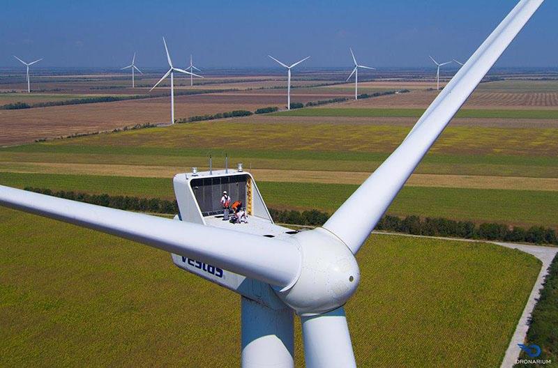 К следующему году в Поволжье вступят в строй 7 объектов солнечной и ветроэнергетики