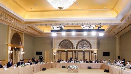Казахстан обсуждает с компанией из ОАЭ создание нефтехимического предприятия