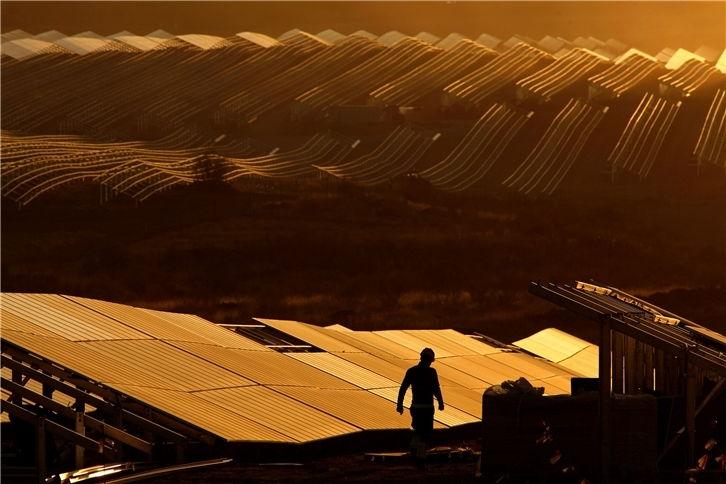 Самую крупную солнечную электростанцию Европы построили в Испании