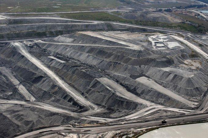 Угольные шахты находят меньше друзей в Австралии после кризиса лесных пожаров