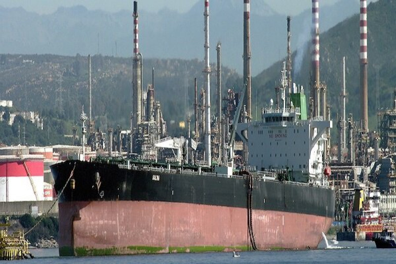 Спецпредставитель США по Ирану: КНР продолжает закупать сырую нефть у Ирана