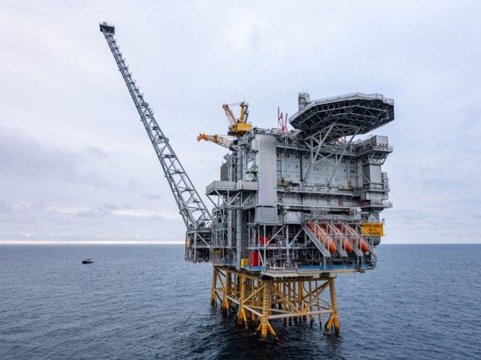 Первый случай коронавируса обнаружен на морской нефтяной платформе в Норвегии