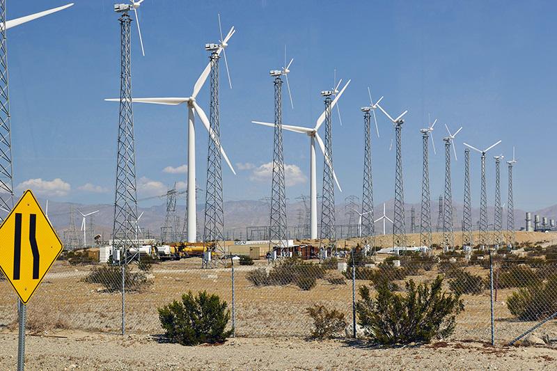 Коронавирус может остановить 39% проектов строительства новых электростанций в США