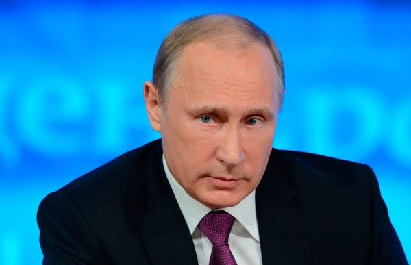 Владимир Путин заявил о сокращении потребления электроэнергии в апреле