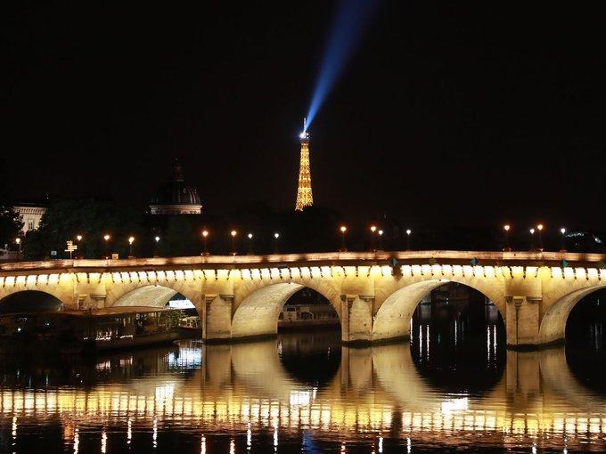 Спрос на электроэнергию во Франции растет при отставании Великобритании и Европы
