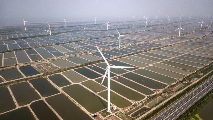 Китай видит возможность нарастить объемы возобновляемых источников энергии на 52% в 2020 году