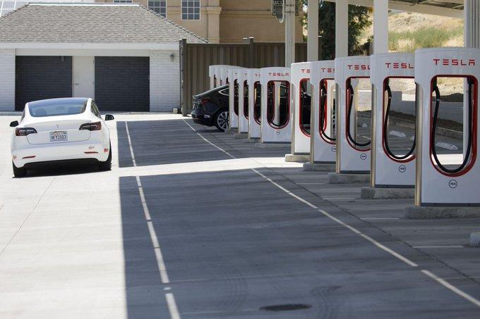 Знак времени: компания электромобилей «Tesla» теперь стоит больше, чем нефтяной гигант «ExxonMobil»